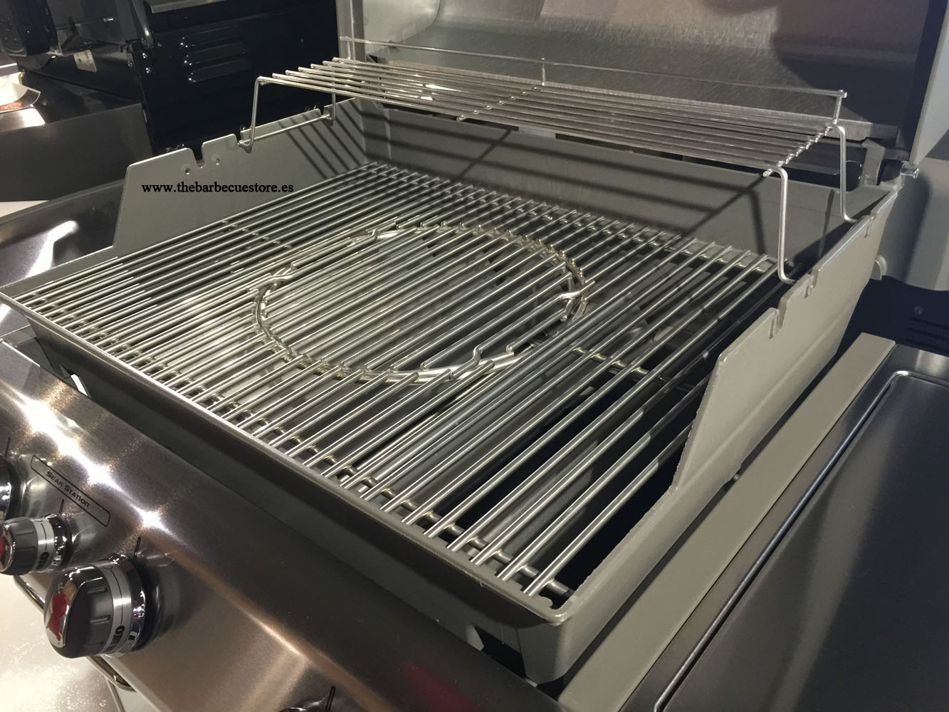weber genesis s 330 gbs stainless steel bbq the barbecue store. Black Bedroom Furniture Sets. Home Design Ideas