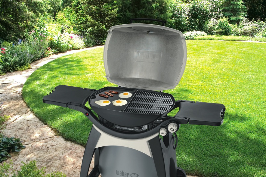 cast iron griddle for weber q 300 3000 bbq the barbecue store. Black Bedroom Furniture Sets. Home Design Ideas