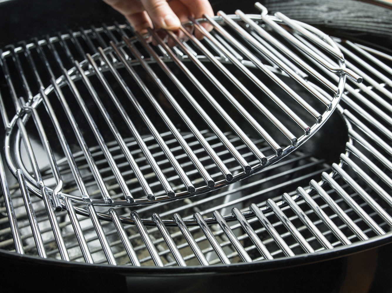 Weber Holzkohlegrill Performer Premium Gbs 57 Cm : Weber performer premium bbq the barbecue store spain