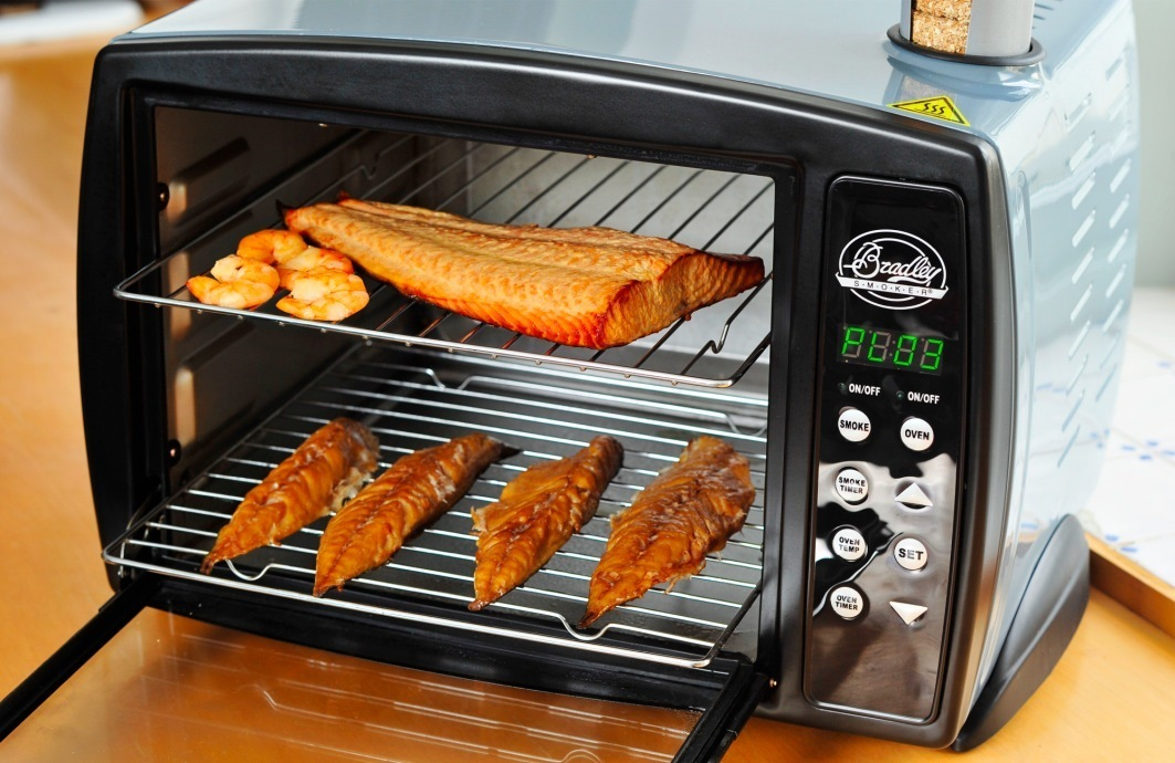 Bradley 2 Rack Digital Compact Smoker The Barbecue Store